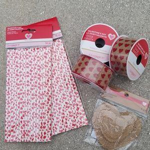 Valentine's Decorations & Party Supplies